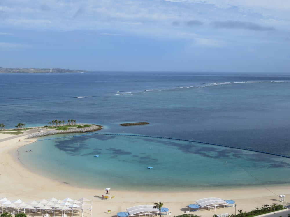 沖縄エメラルドビーチ02