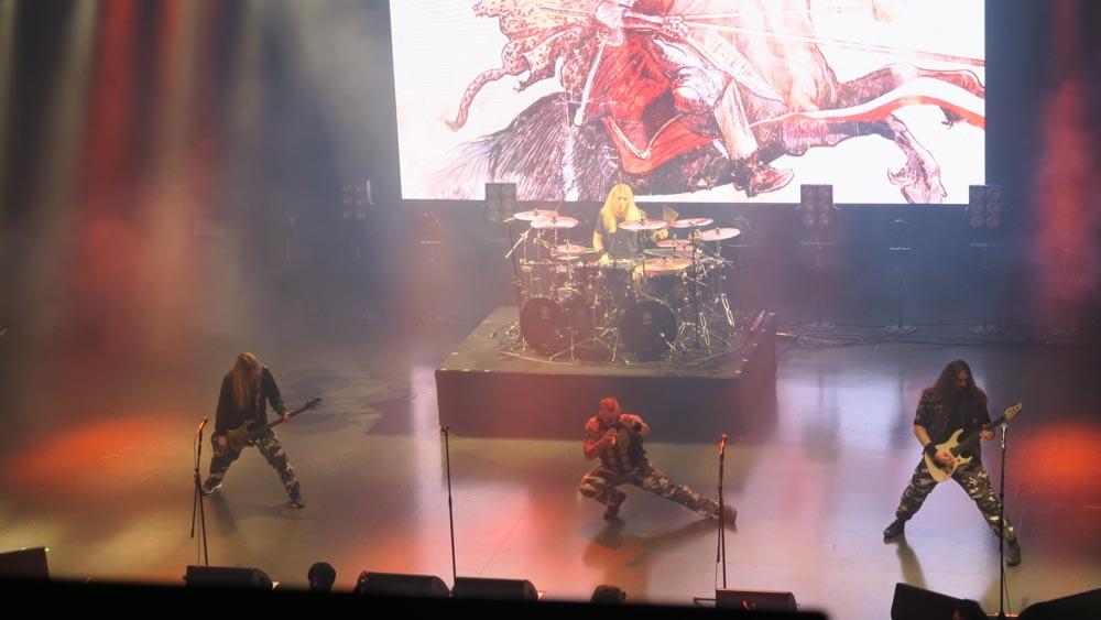 サバトン・ライブ・イン・トーキョー02