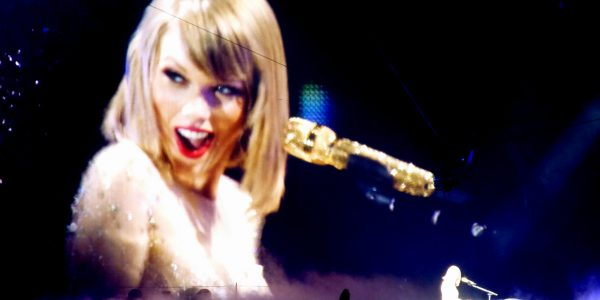 Taylor Swift reputation_stadium_tour04