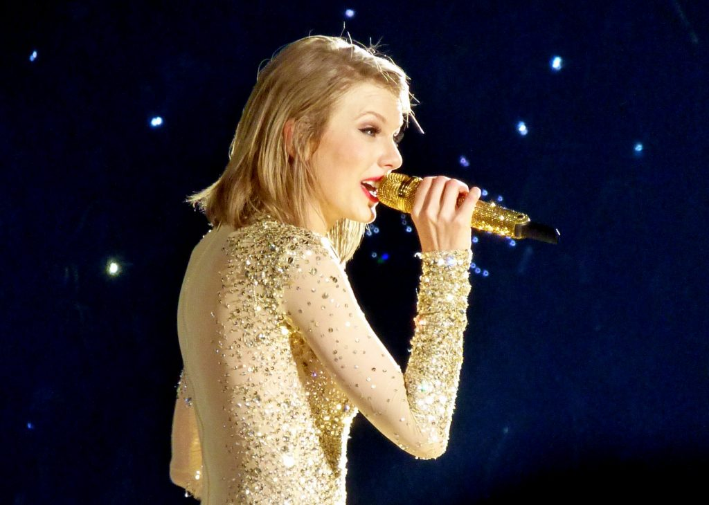 Taylor Swift reputation_stadium_tour03