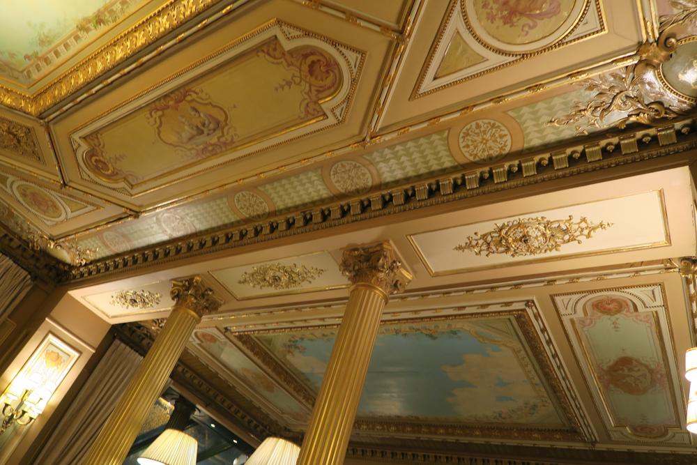 カフェ・ド・ラペの天井絵