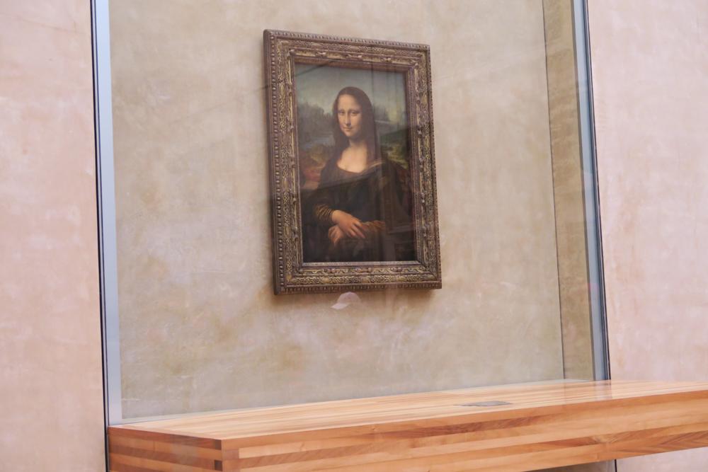 ルーブル美術館 モナリザ