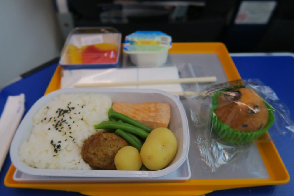 機内食 朝ごはん