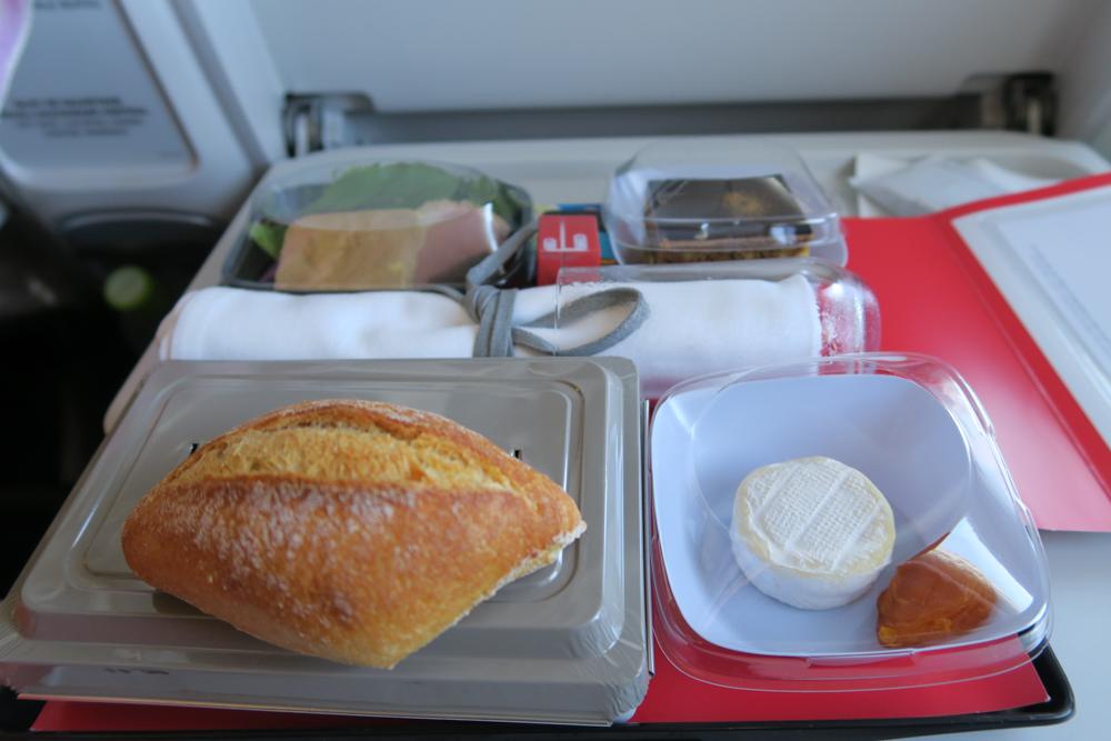 エールフランス機内食 アラカルトミール トラディション・メニュー02