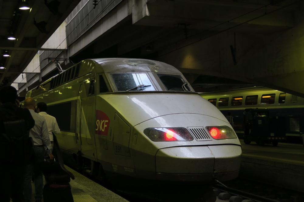 レンヌ行TGV