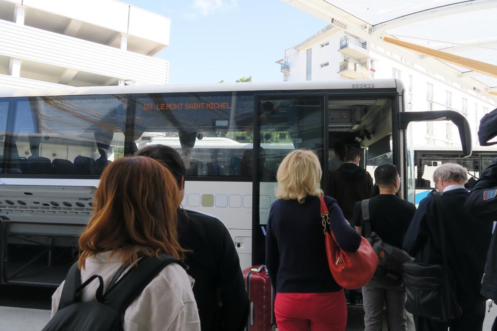 モン・サン・ミッシェル行きバス02