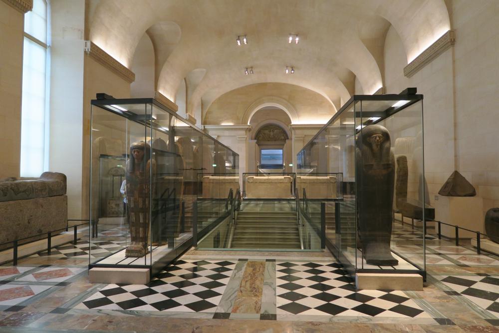 ルーブル美術館 古代エジプト文明 木棺01