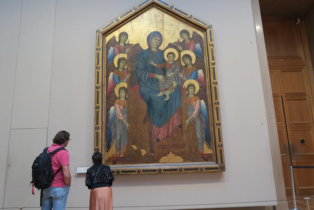 ルーブル美術館 チマブーエ 聖母と天使たち