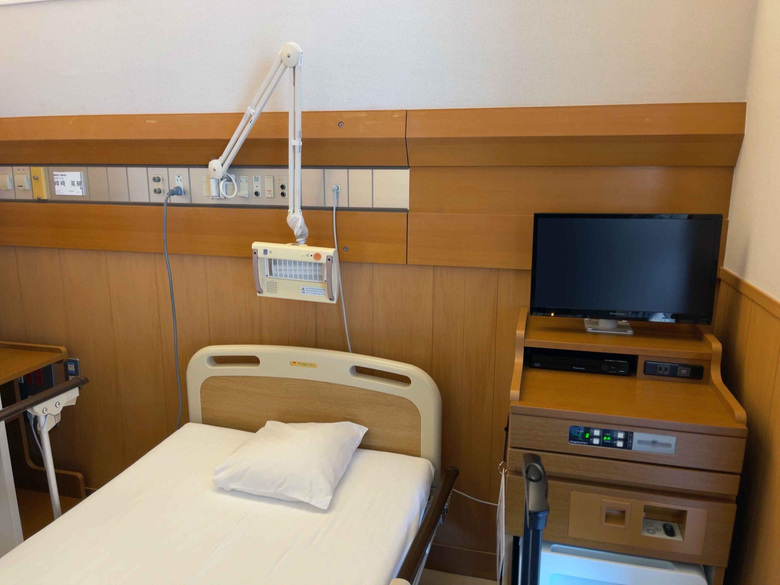 東大病院 ベッド1